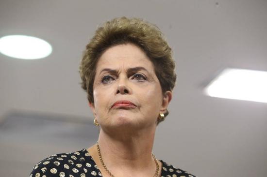 Interlocutores de Dilma já falam em enfrentar impeachment