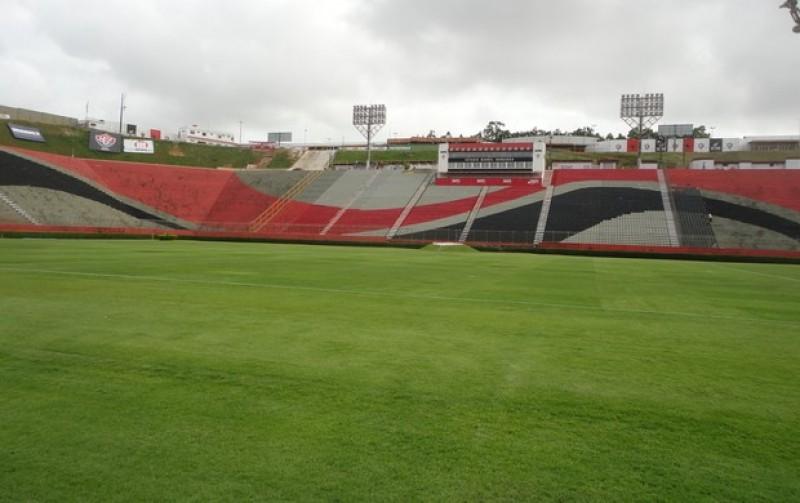 Estádio do Vitória é considerado um dos piores do Brasil