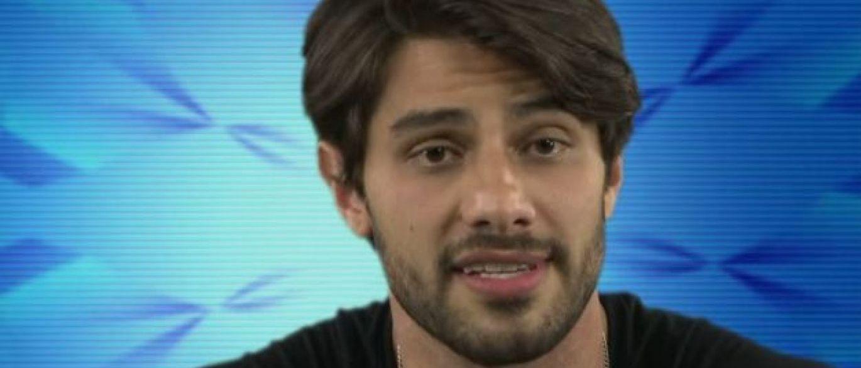 Vídeo íntimo de Renan vira caso de polícia