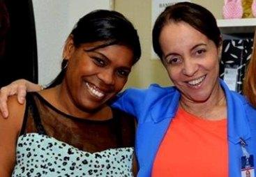 Candeias: Primeira dama exonera telefonista da doutora que ganha R$ 3,8 mil reais