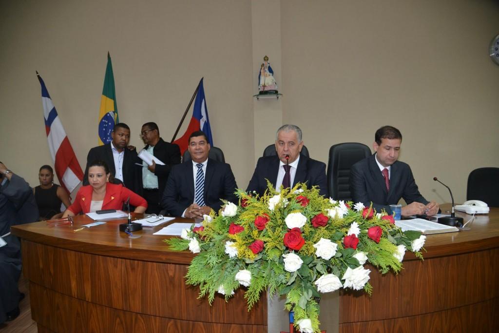 Sessão Solene marca abertura dos trabalhos da Câmara de Candeias