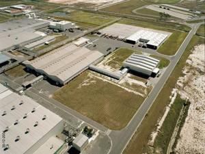 Ford suspende temporariamente contrato de 1,8 mil funcionários