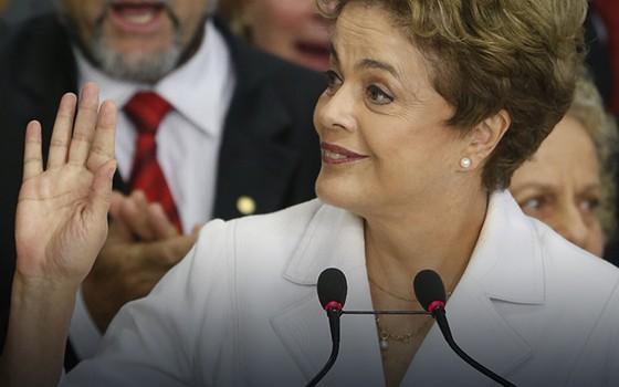 Amiga de Dilma mantém emprego na Petrobras e salário de quase R$ 60 mil