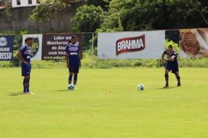 Bahia encara o Paraná fora de casa de olho no G4
