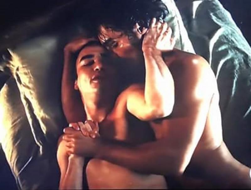 Primeira cena de sexo entre homens em TV aberta movimenta as redes
