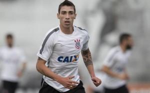 Atacante do Corinthians entra na mira do Vitória
