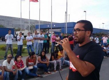 Candeias: Grupo protesta na BR-324 pelo Dia de Paralisações