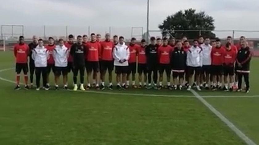 Benfica afirma que vai dar total suporte à Chape e pode emprestar jogadores para o clube