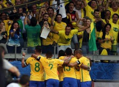 Brasil goleia Argentina e segue na liderança das Eliminatórias