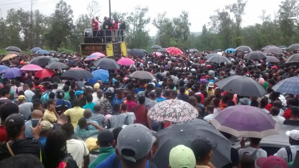 RLAM: Mais de três mil pessoas participam de sorteio de vagas de emprego