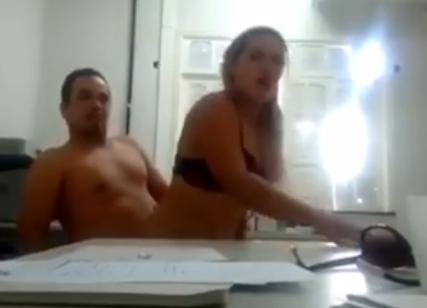 Vídeo: Vereadora eleita faz sexo dentro do Cartório Eleitoral com o amante