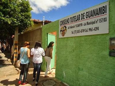 Homem tenta estuprar adolescente e é morto pela jovem com facada na Bahia