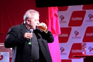 Dono da Itaipava pediu uma força a Lula na chegada da cervejaria à Bahia