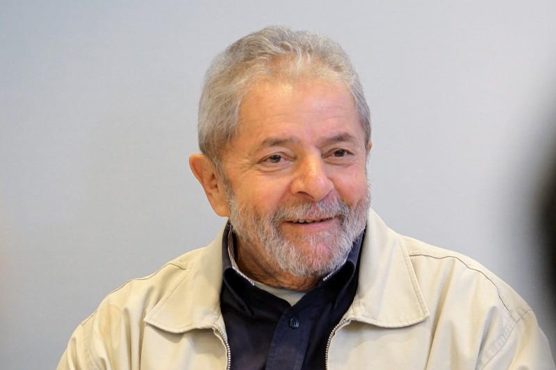 Lula quer dinheiro para atacar a Lava Jato