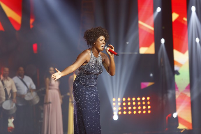 Mylena Jardim vence a quinta temporada do 'The Voice Brasil'