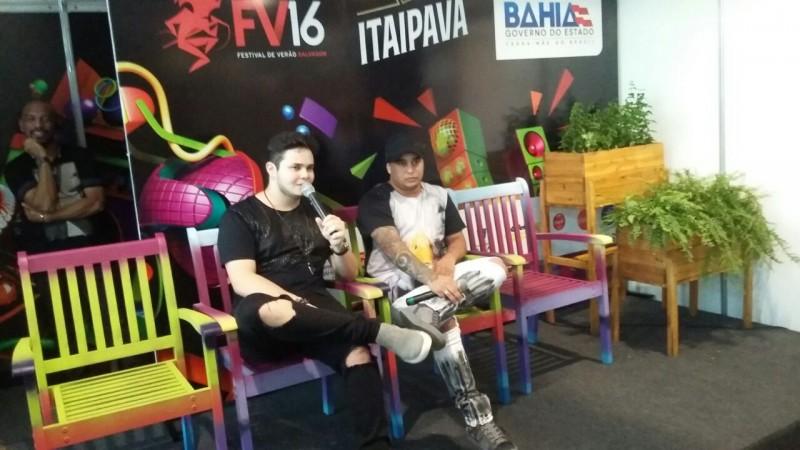 No Festival, dupla sertaneja anuncia ensaios de verão em Salvador