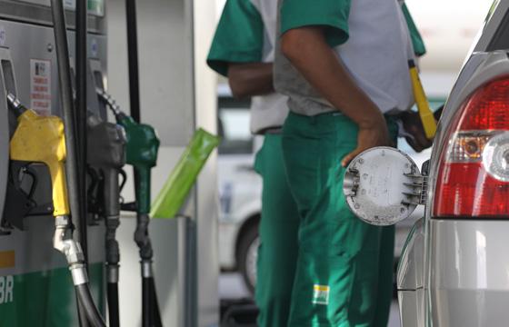 Petrobras anuncia aumento de 9,5% do diesel e de 8,1% da gasolina