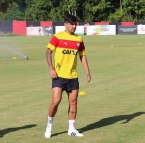 Vitória apresenta Argentino Pisculichi nesta sexta (13)